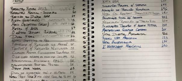 Bullet Journal mostrando minhas entradas e páginas no caderno